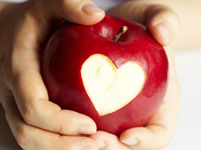Kalp damar sağlığı için faydalı besinler nelerdir? Kap damar sağlında bitkisel destek için önerileri inceleyin.