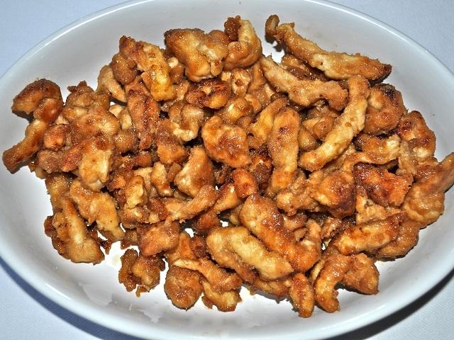 Sarımsaklı soya soslu tavuk nasıl yapılır? Soya soslu tavuk tarifi ve soya soslu tavuk yapımı için malzemeler sayfamızda paylaşıldı.